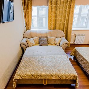 Twin Room Apartment On Nevsky 33 photos Exterior