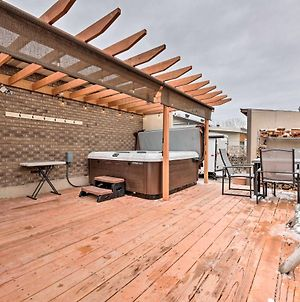 Updated Ranch Home With Deck - 9 Mi To Downtown photos Exterior