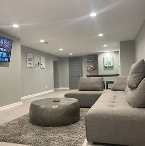 Modern 5Br Ranch Home W/ Game Room & Fireplace photos Exterior