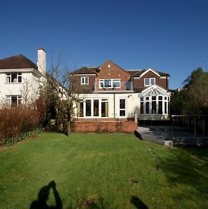 Pass The Keys Large Family Home With Garden & Balcony, Close To The University photos Exterior
