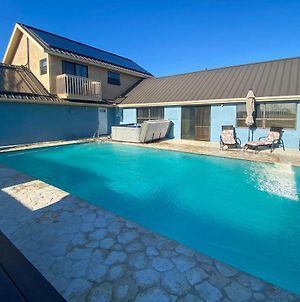 3 Peaks Oasis Apartment With Heated Pool, Hot Tub And Gym! photos Exterior