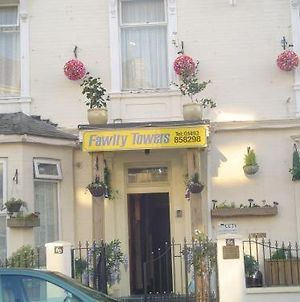 Fawlty Towers photos Exterior