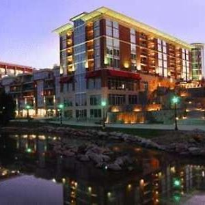 Hampton Inn & Suites Greenville-Downtown-Riverplace photos Exterior