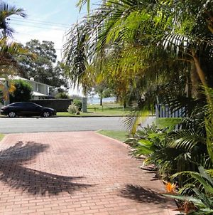 2 'Copacabana', 61 Sandy Point Road - Cute Unit With Water Views From The Balcony photos Exterior