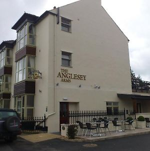 Anglesey Arms Hotel photos Exterior