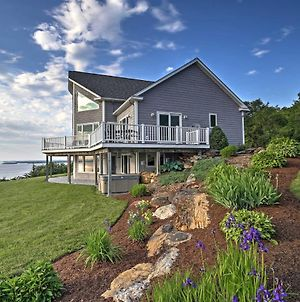 Waterfront Lake Champlain Home With Hot Tub And Sauna! photos Exterior