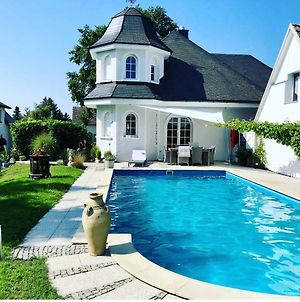 All New Flat Nearby Dresden !!!Pool!!! photos Exterior