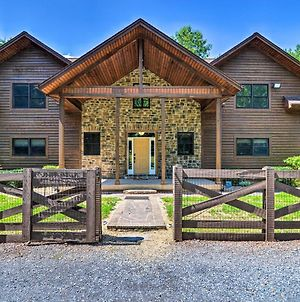 Family-Friendly Grand Mtn Getaway With Hot Tub photos Exterior
