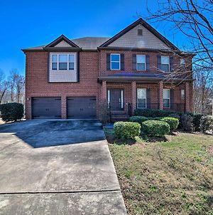 Luxe Mccalla Family Home With Game Room And Yard! photos Exterior