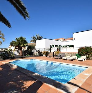 Spacious House With Good Location In The North, Just 15 Min From The Beach photos Exterior