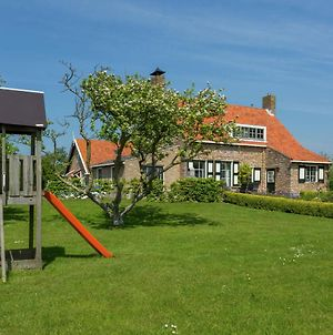 Rustic Holiday Home In Westkapelle With Private Garden photos Exterior