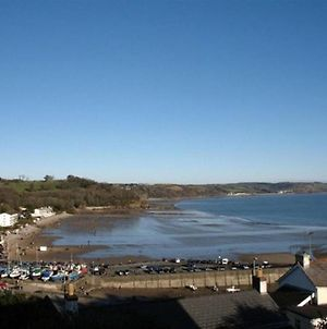 Peaceful Holiday Home In Saundersfoot With Balcony photos Exterior