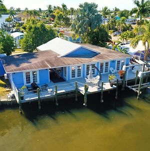Pelican Shack - Waterfront, Guest House & 20' Dock Home photos Exterior