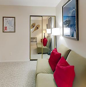 New Listing! Remodeled Condo, Minutes To Skiing Condo photos Exterior
