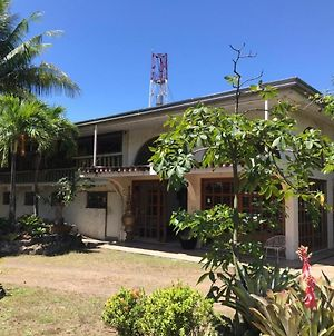 Oyo 775 Star Cove Bed And Breakfast photos Exterior