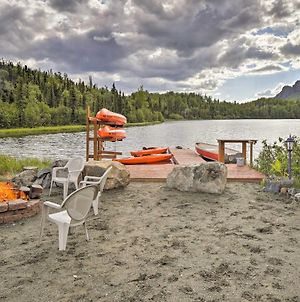 Lodge 88 - Steps To Weiner Lake With Dock And Boat! photos Exterior