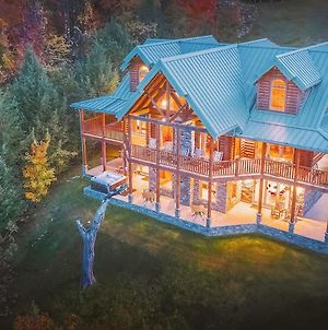 Exceptional Vacation Home In Sevierville Cabin photos Exterior