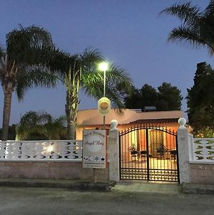 """""""Angel Bay B&B Punta Prosciutto"""" Is Located In The Heart Of Punta Prosciutto photos Exterior"""