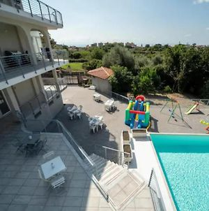 Gravina Di Catania Apartments With Swimming Pool And Jacuzzi photos Exterior