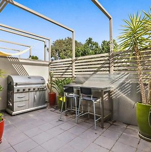 Stunning 2-Bed Unit With Bbq Patio Near Dining photos Exterior