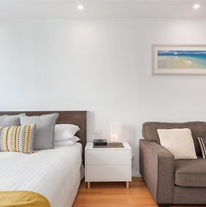 Great Balcony Unit In Heart Of Manly Shops And Beach photos Exterior
