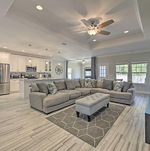 Pcb House With Patio And Games, Walk To Beach! photos Exterior