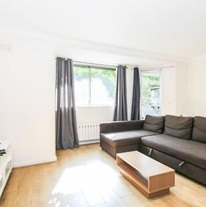 Cosy One Bedroom In The Heart Of Cromwell Road photos Exterior
