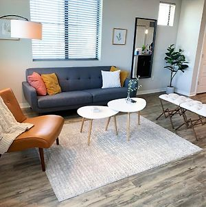 Downtown Chandler Modern Apartment With Amazing Amenities photos Exterior
