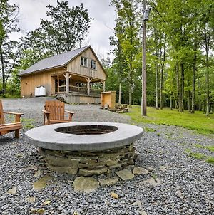 Lovely Ulster Cabin With Hot Tub, Fire Pit And 3 Ponds! photos Exterior