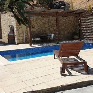 Villa With Private Pool And Very Quiet Setting Away From It All With Sea View photos Exterior
