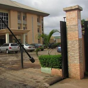 Room In Lodge - Harlescourt Hotels And Suites Asaba photos Exterior