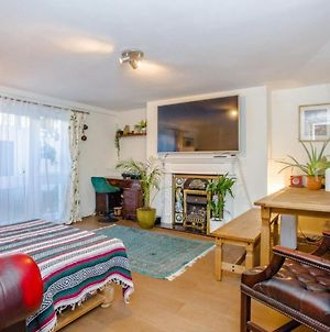 Stylish 2 Bed Flat In Central London W Garden photos Exterior