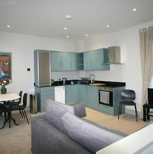 Stylish Light-Filled 1 Bedroom Flat In Hammersmith photos Exterior