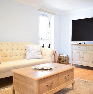 Fantastic 2 Bed Apartment In The Heart Of Chelsea photos Exterior
