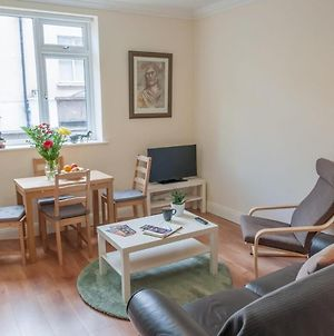 2 Bedroom Apartment Sleeps 3 In The City Centre photos Exterior