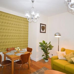Homely Flat In Prime Location photos Exterior