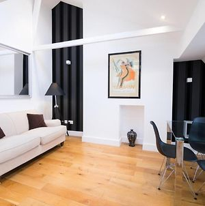 Contemporary 1 Bed Flat In Fulham Near The Thames photos Exterior