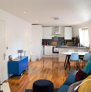 Modern & Central 2 Bed Minutes From Euston Station photos Exterior