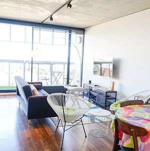 Modern 2Bd W City Views Pool Gym And Rooftop photos Exterior