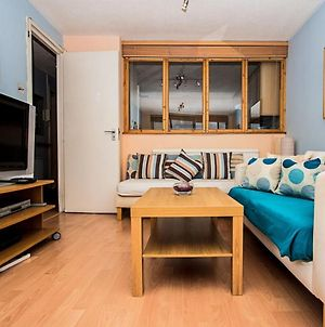 Beautiful Views - 1-Bedroom In Chancery Lane photos Exterior