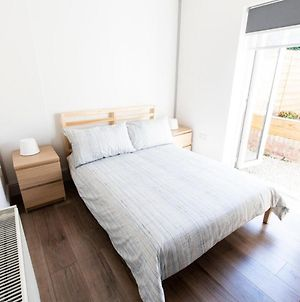 New Spacious 1-Bed Apartment In Stylish Rathmines photos Exterior