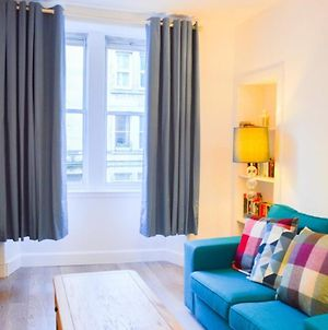 Bright & Cosy Home Near City Centre! Sleeps 4 photos Exterior