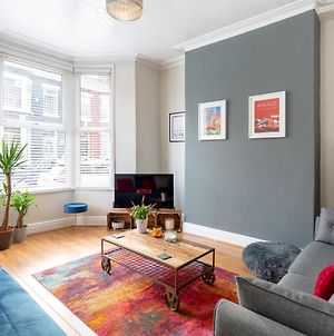 Air Host And Stay - Watford House Beautiful Period House Sleeps 7 photos Exterior