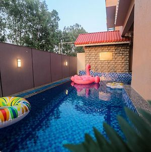 Russet Villa - A Scenic Home With A Private Pool photos Exterior
