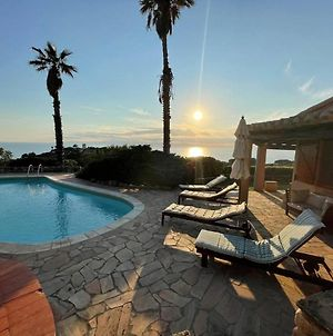 Villa With Swimming Pool And Amazing View photos Exterior