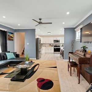 Recently Renovated Two Story Home In The Heart Of Queens - Close To Jfk Airport! Home photos Exterior