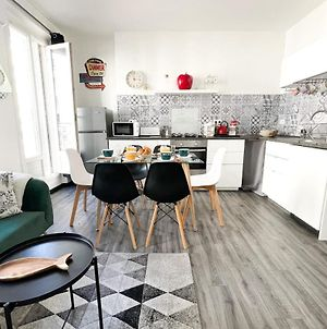 Large And Cosy 3Br Flat At The Doors Of Panier In Marseille - Welkeys photos Exterior