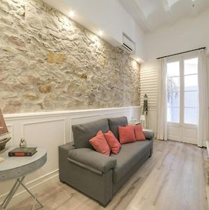 Stylish 1 Bedroom Apartment With Terrace In Lesseps photos Exterior