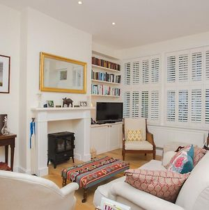 Cosy 2 Bedroom House In Central London photos Exterior
