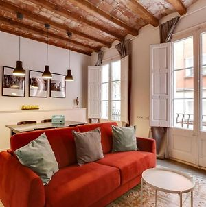 Welcoming 2 Bed With Balcony In Gracia photos Exterior